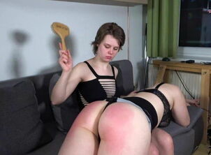 Couple 148SK-A Dyke Slapping With the..